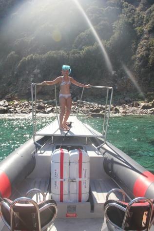 Rechtstreeks van op de boot in het water duiken, heerlijk toch.